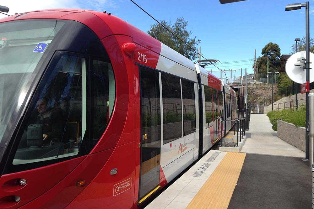 Testing KPIs for a new light rail network